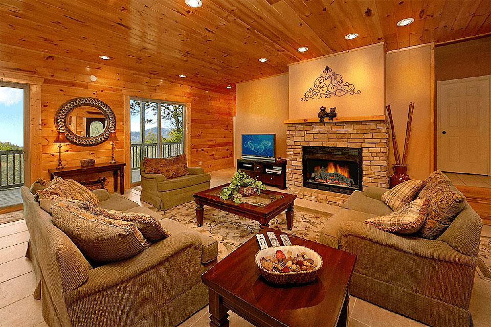 Mountain Cabin Fireplace in Living Room