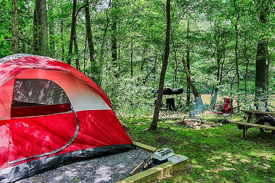 Campsites available at many places in the Smokies.