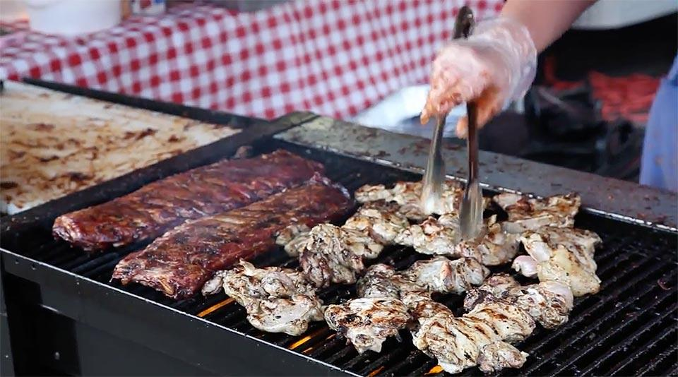Barbecue Championship Competition offers plenty of food to enjoy.