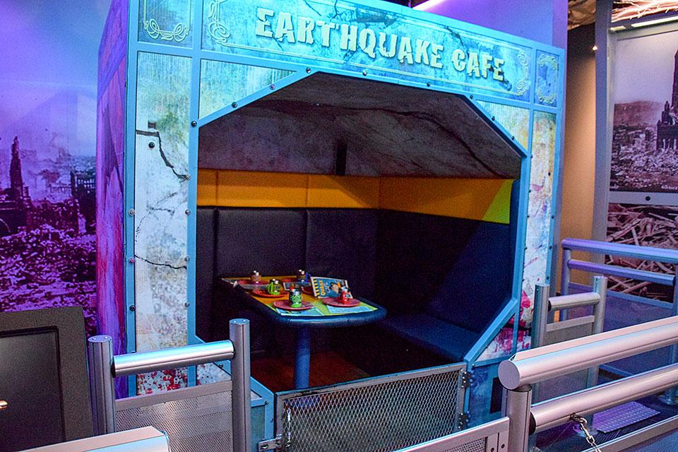 Earthquake Cafe Shaker Room At Wonder Works