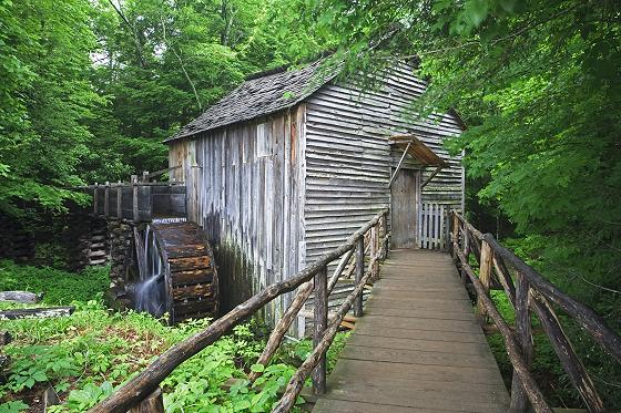 Cades Cove John Cable Mill House with waterwheel