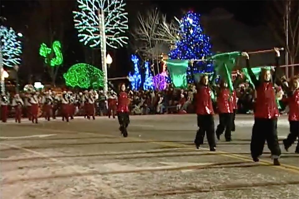 Gatlinburg Christmas Parade.Enjoy Winterfest Tunes And Tales Christmas Parade And More