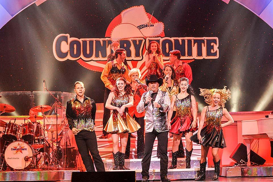 Live music at Country Tonite Theatre in Pigeon Forge