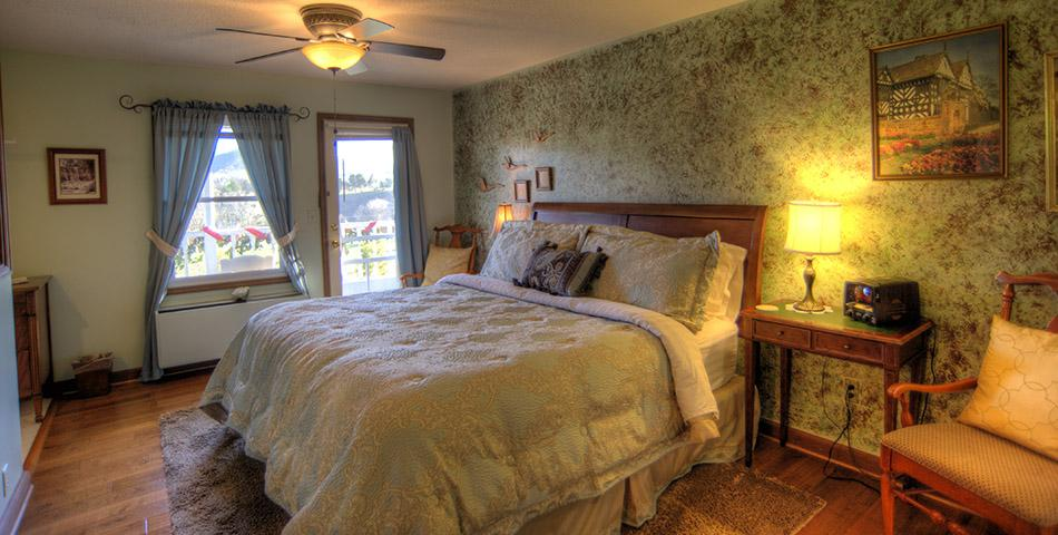 Rainbow Room at Blue Mountain Mist Country Inn & Spa
