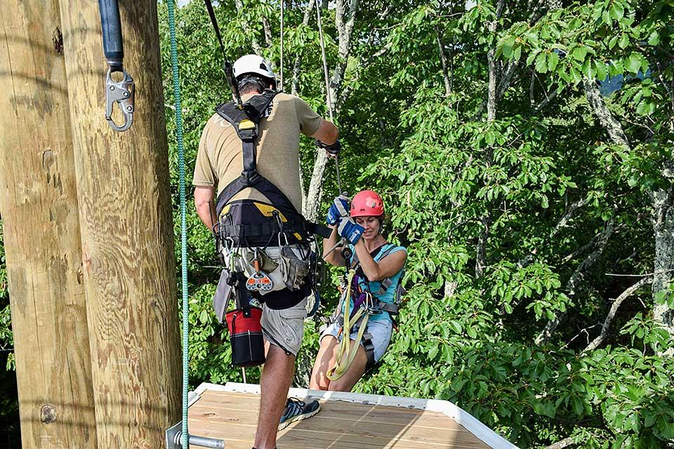 One-of-a-kind rappelling feature between two zip lines