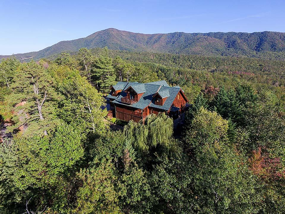 A rental cabin in the Smoky Mountains, Tennessee.