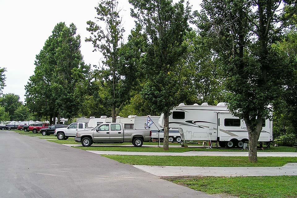 Campground sites of all sizes at Riverbend Campground in the Smoky Mountains.
