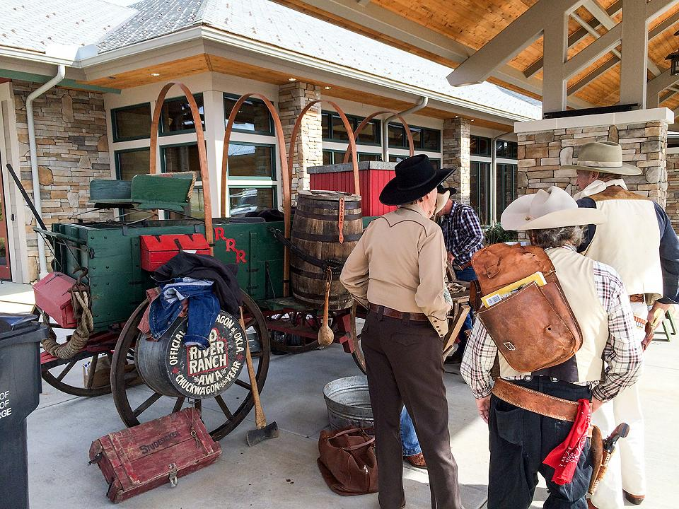Story tellers gather in Pigeon Forge