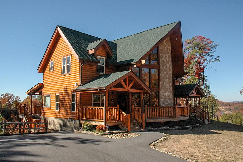 Smoky Mountain Cabins offer  privacy and space.